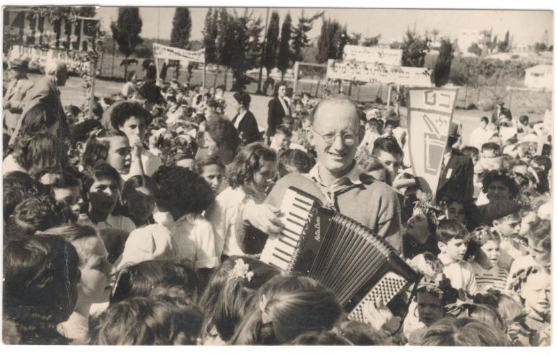 גיורא שוסטר